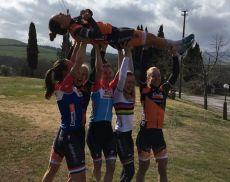 La squadra femminile della Boels-Dolmans, che prenderà parte alla Strade Bianche 2019