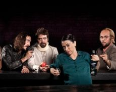 Il primo appuntamento della stagione teatrale 2020 è con Animali da Bar