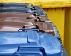 Spesso ci interroghiamo su dove gettare i rifiuti: adesso un aiuto arriva dall'iniziativa di Sei Toscana
