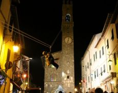 La Bedana che scende dalla Torre del Palazzo Comunale