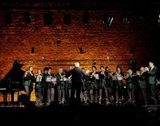 Una foto di archivio di una esibizione durante Musicisti Nati...