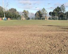 Il pessimo stato del campo sportivo di Montalcino