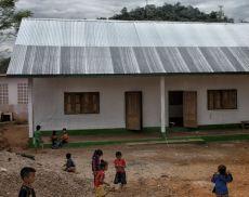 La quinta scuola costruita da Andrea Rabissi in Laos