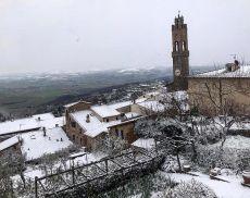 Montalcino sotto la neve