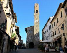 Montalcino, Piazza del Popolo