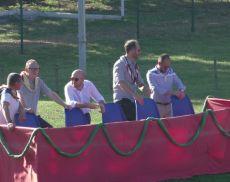 La posizione dove il Governatore del Borghetto e i presidenti di Pianello, Ruga e Travaglio seguono il Torneo di tiro con l'arco