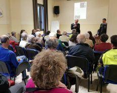 L'incontro che si è tenuto a Torrenieri con i carabinieri