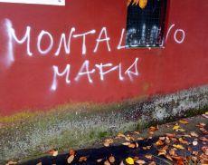 La scritta che si trova vicino al centro di Montisi