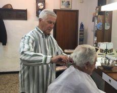 Paolo Cencioni, ultimo barbiere di Montalcino