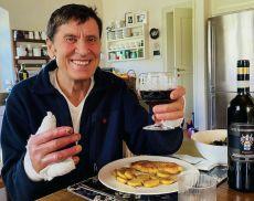Morandi festeggia il ritorno a casa col Brunello di Montalcino