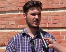 George si è appena diplomato al Liceo Linguistico Lambruschini di Montalcino