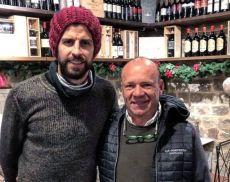 Fabio Tassi in compagnia del difensore del Barcellona Gerard Piquè