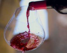 In un calice di Brunello non c'è solo vino ma anche tradizione, storia, sapienze, ricercatezza, passione, bellezza